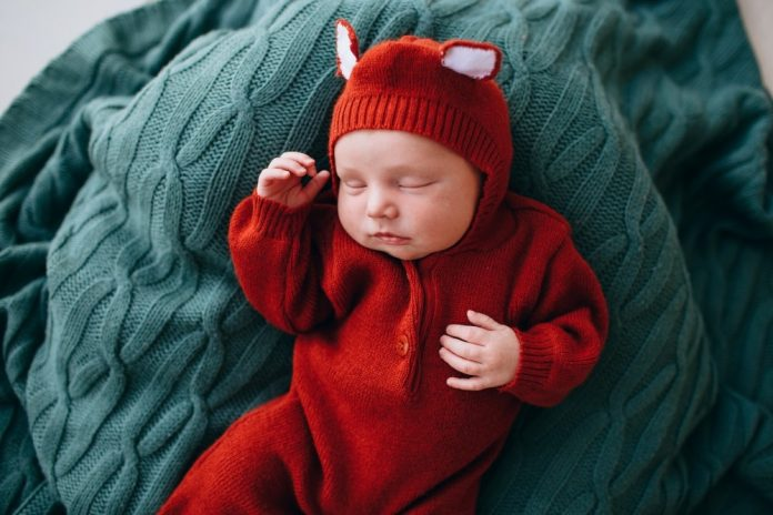 How to Get Baby to Nap Longer than 30 Minutes